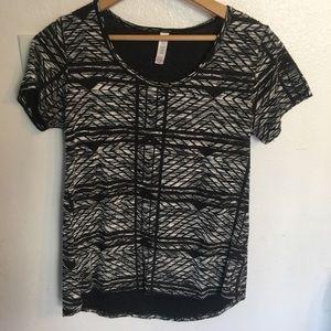 Black / White Geometric T-shirt and Earrings